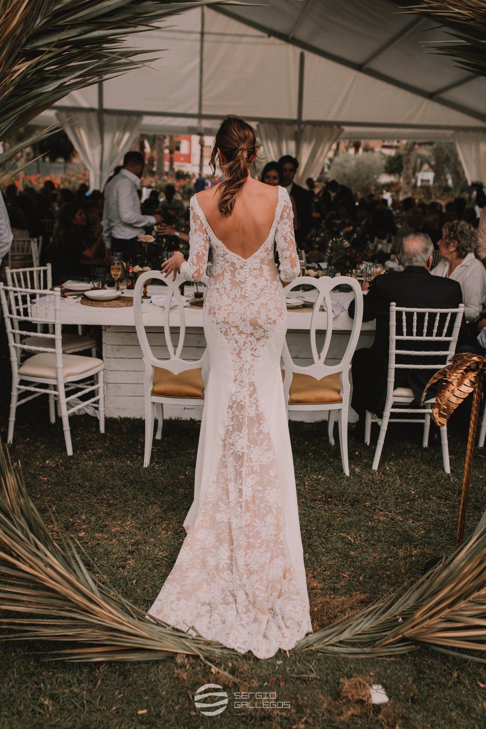 Vestido de novia por Rubén Hernández Costura